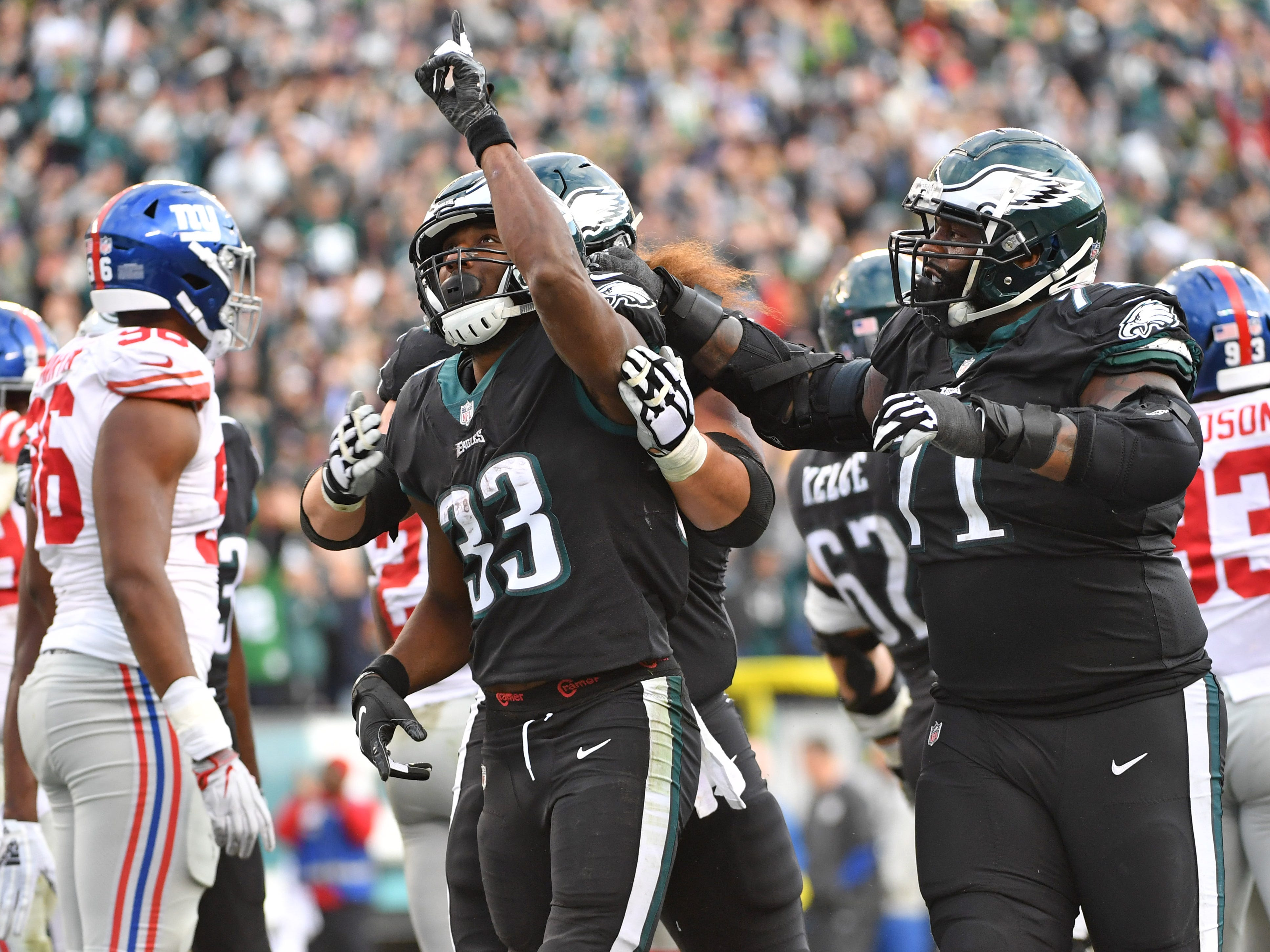 18. Eagles (22): Too bad they don't see Giants every week. Philly's beaten Big Blue five straight and nine of 10 ... but won't see them again until 2019.