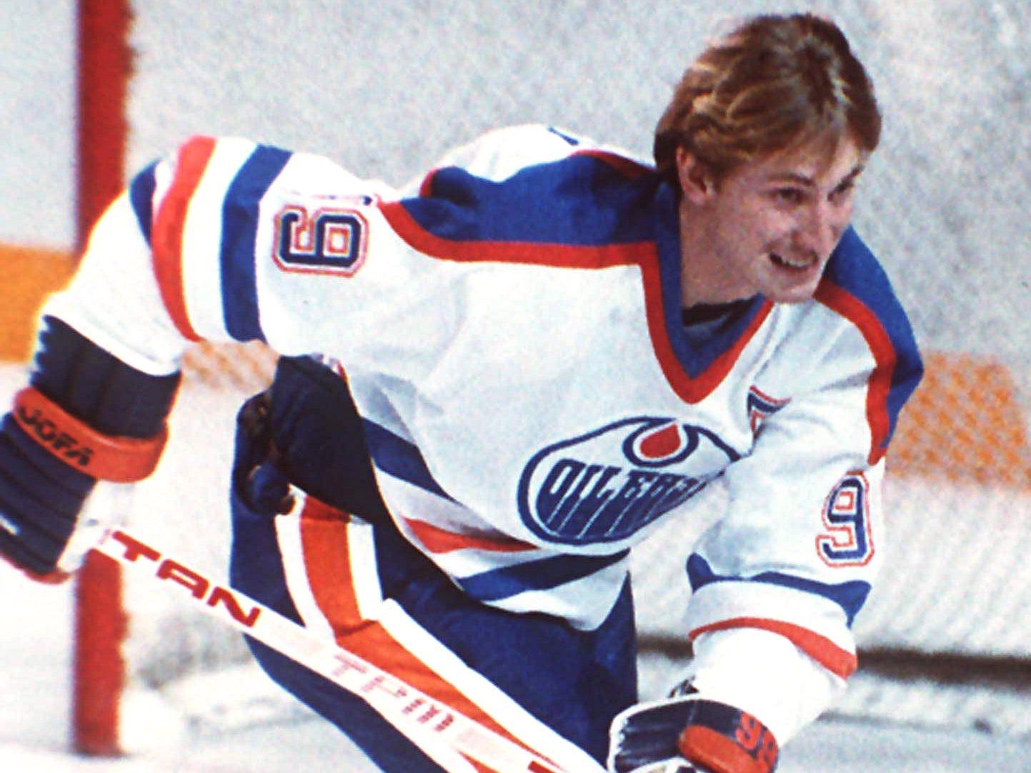99. Wayne Gretzky (1979-99)