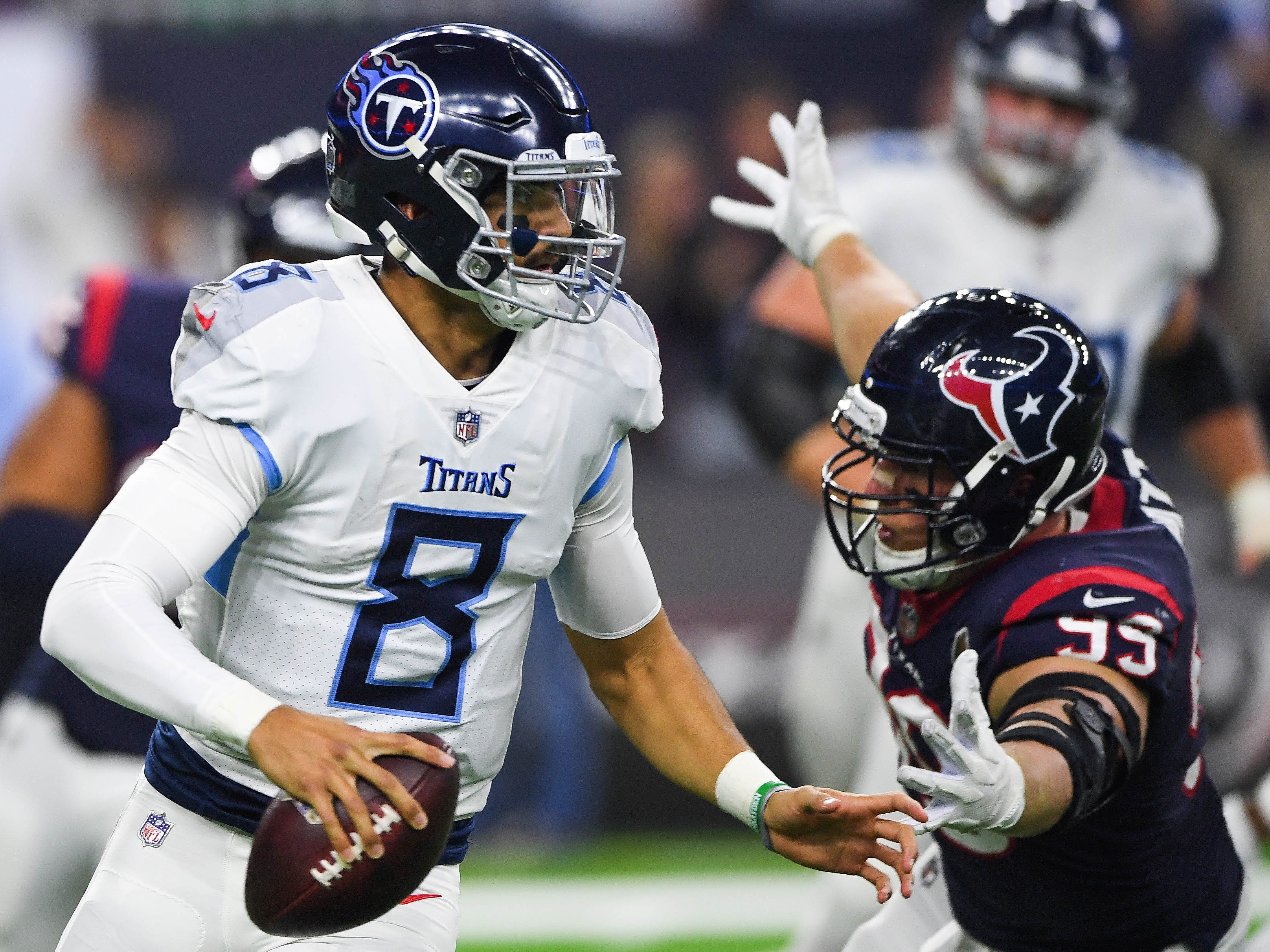 17. Titans (15): Defense suddenly unraveling, allowing 72 points in consecutive losses to AFC South foes. Can't expect Marcus Mariota and Co. to overcome that.