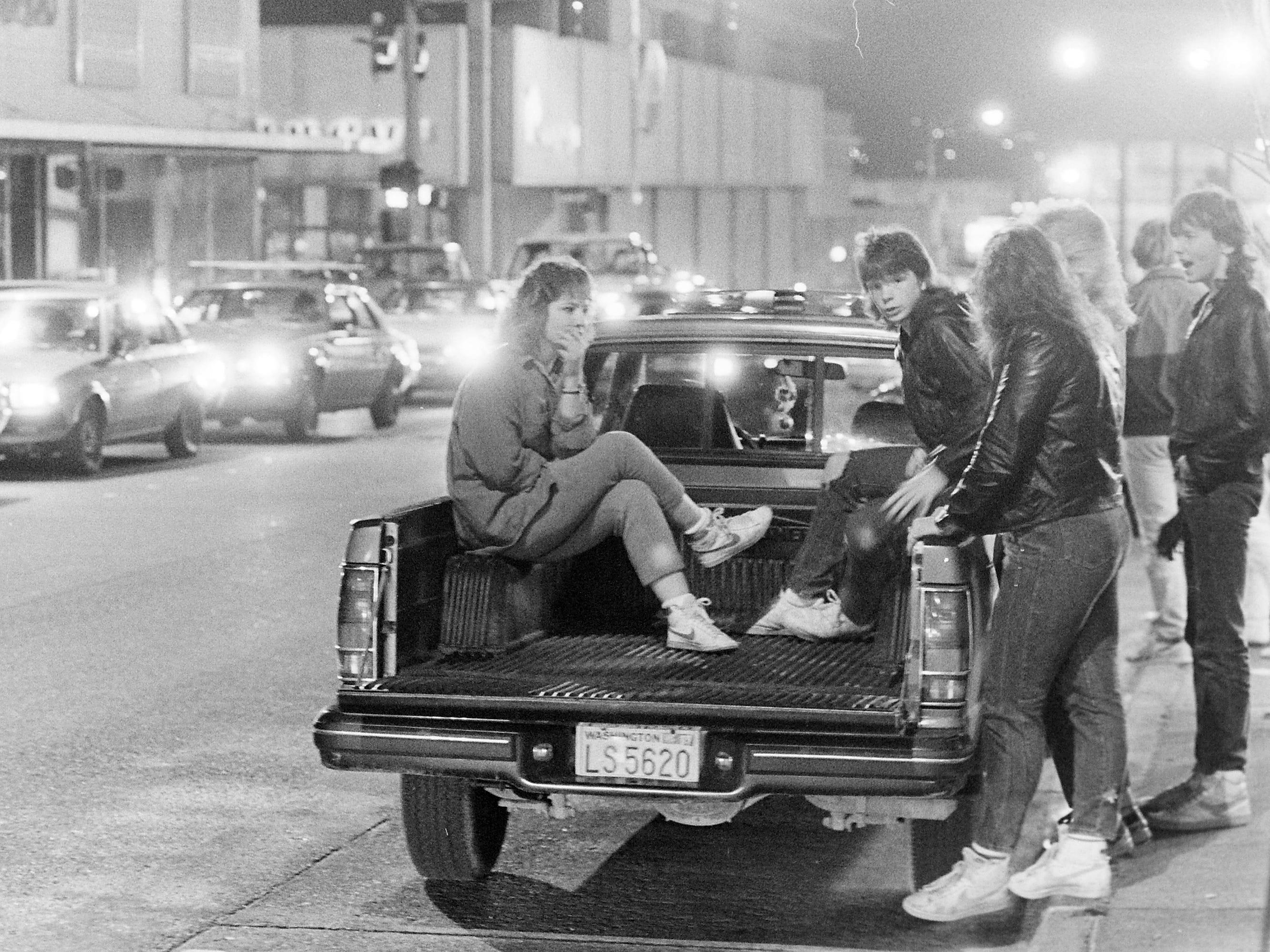 04/07/87Street Kids