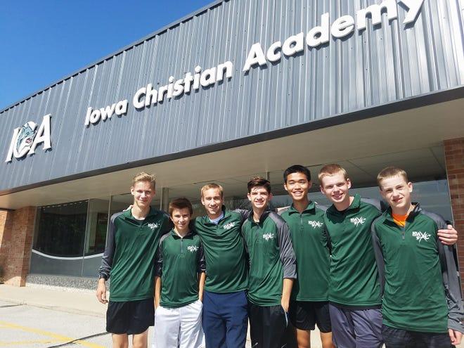 The 2017 Iowa Christian Academy cross country team.