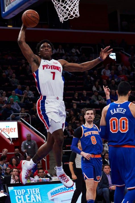 Nba New York Knicks At Detroit Pistons