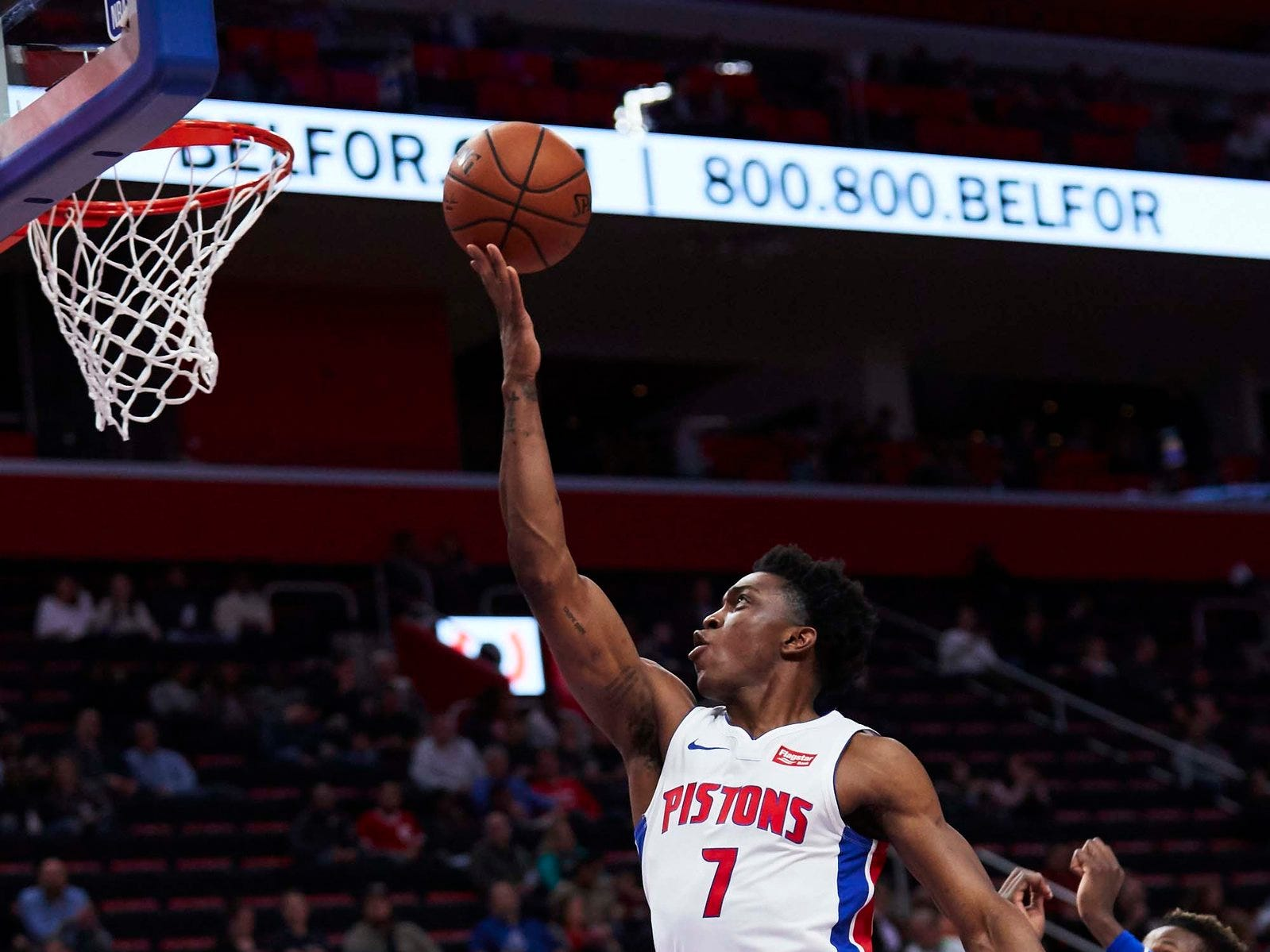 Detroit Pistons forward Stanley Johnson (7) goes to the basket in the first half against the New York Knicks at Little Caesars Arena.