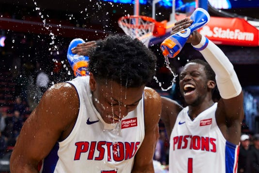 Nba New York Knicks At Detroit Pistons