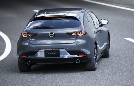 11 Mazda3 5hb Ext Polymetal Gray Metallic 11 1024x683
