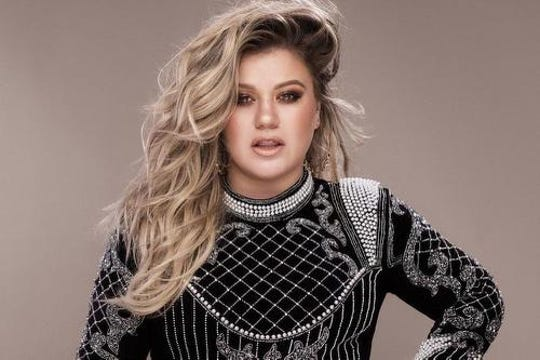 Kelly Clarkson plays the Landers Center on Feb. 9 with Kelsea Ballerini.