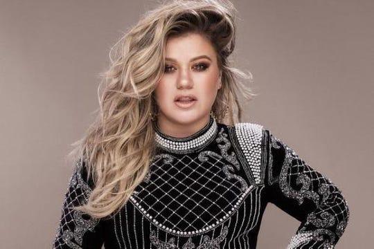 Kelly Clarkson plays the Landers Center on Feb. 9 with Kelsea Ballerini.