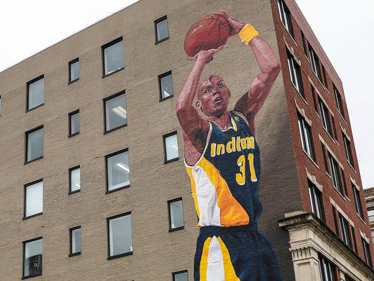Indiana Pacers Reggie Miller mural