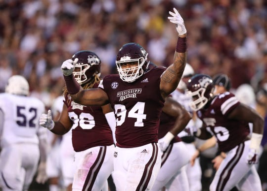 Mississippi State's Jeffery Simmons was named the 2018 winner of the 23rd annual C Spire Conerly Trophy annually awarded to the top college football player in Mississippi.