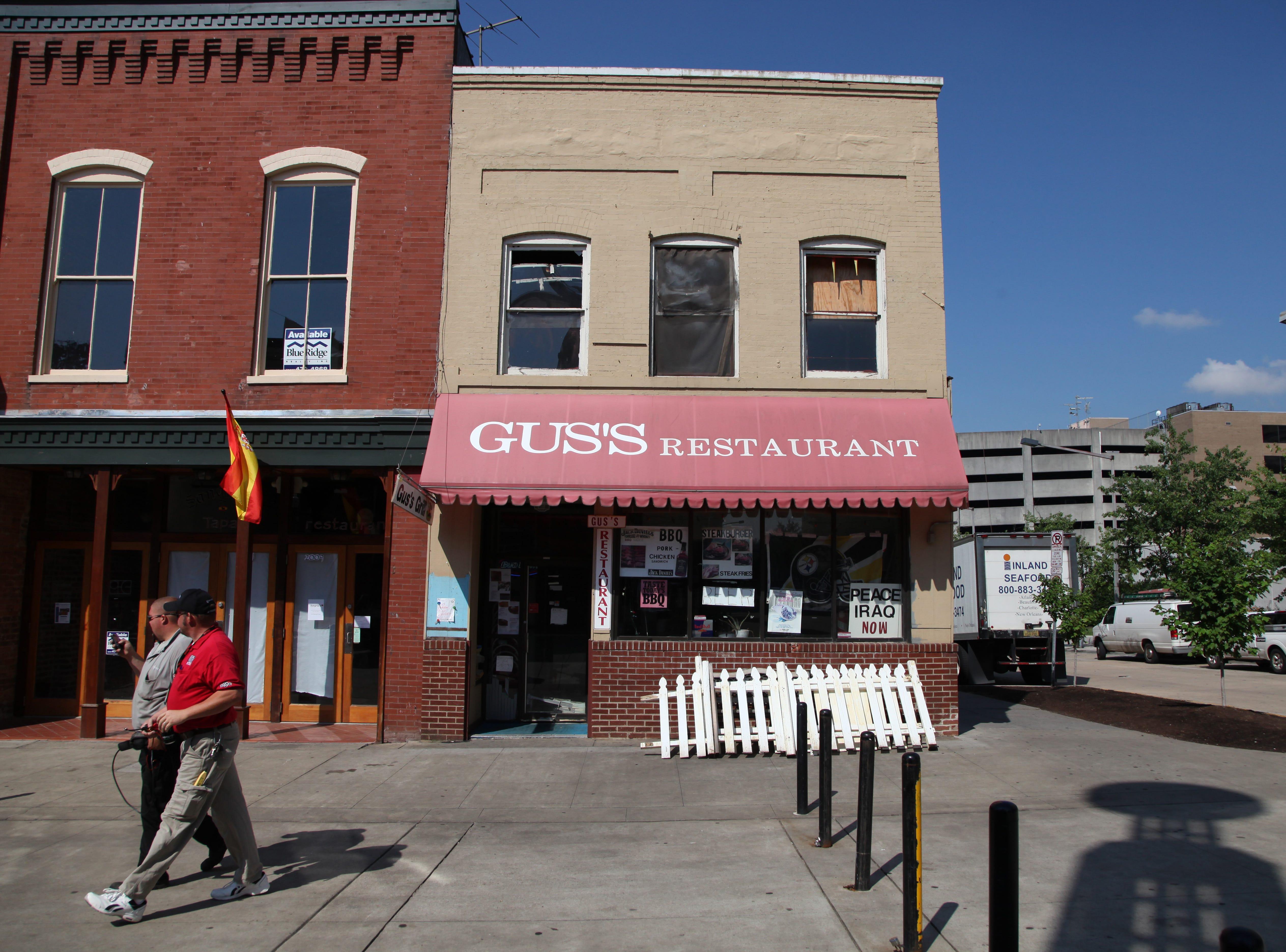 Gus's restaurant on Market Square.