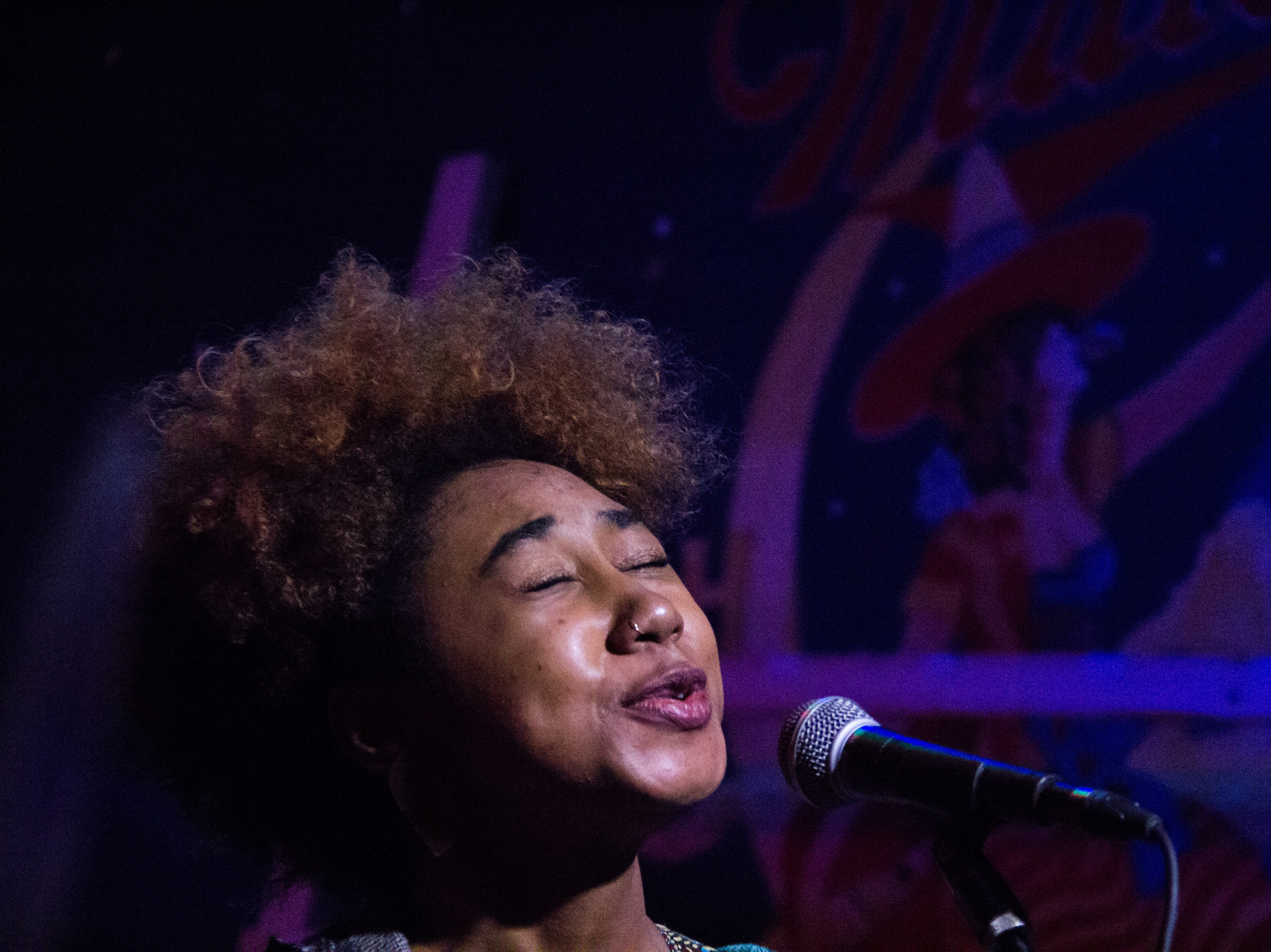 Daje Morris performs at Barley's in Knoxville during a Rhythm N' Blooms headliner reveal party Nov. 27, 2018.