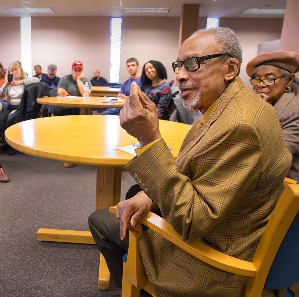 Groundbreaking UL Lafayette alum shares motivational message with grad students