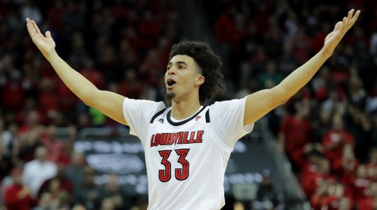 Jordan Nwora gets the crowd involved as time ticks down in Louisville's 2018 win over Michigan State.