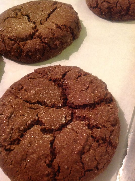 uask05-amaranth molasses cookie