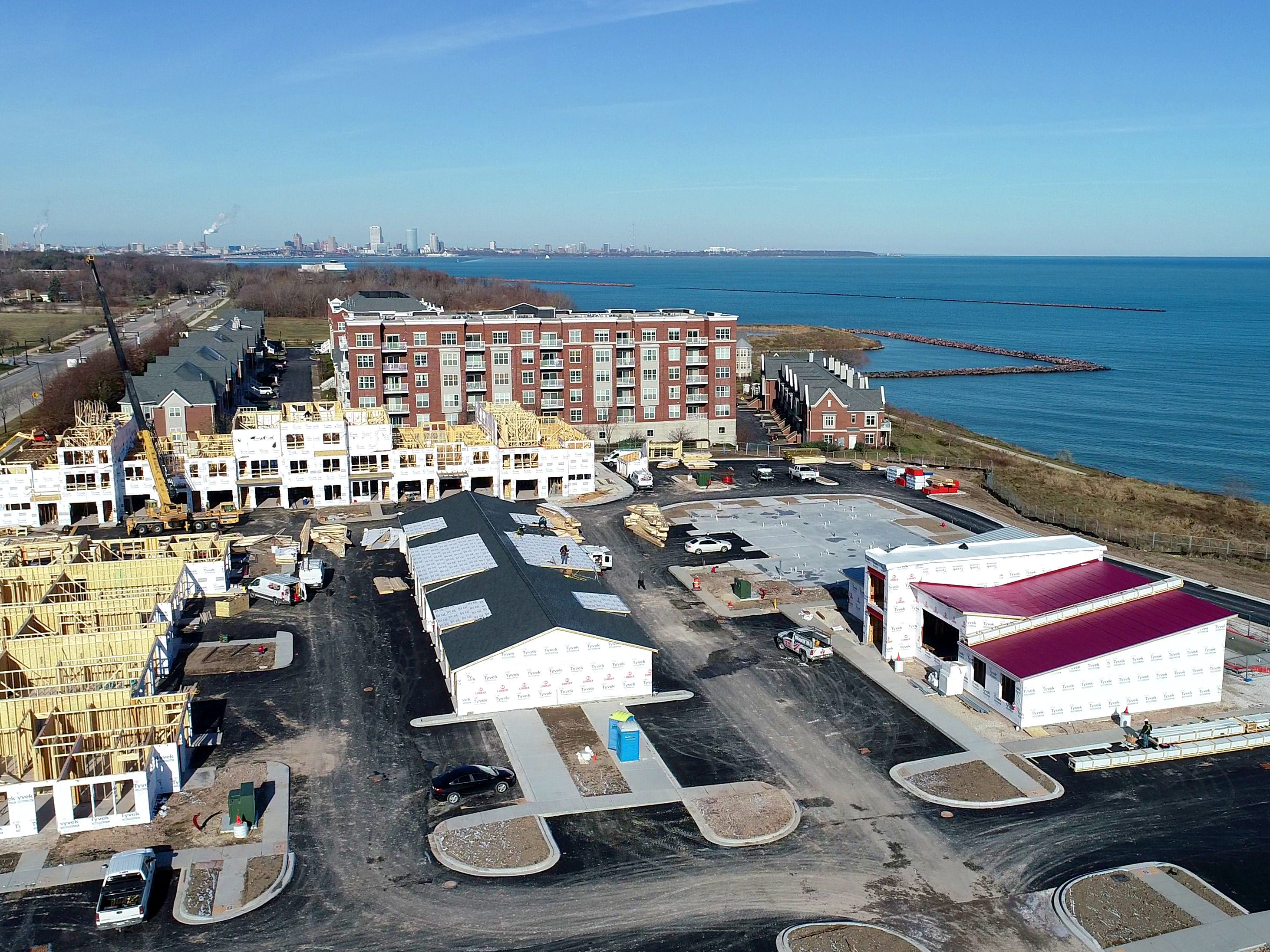 Mariner Apartments are under construction at 4000 S. Lake Drive, south of Park Shore condo development (upper). Two new apartment projects are reviving long-delayed plans to redevelop that community's lakefront.