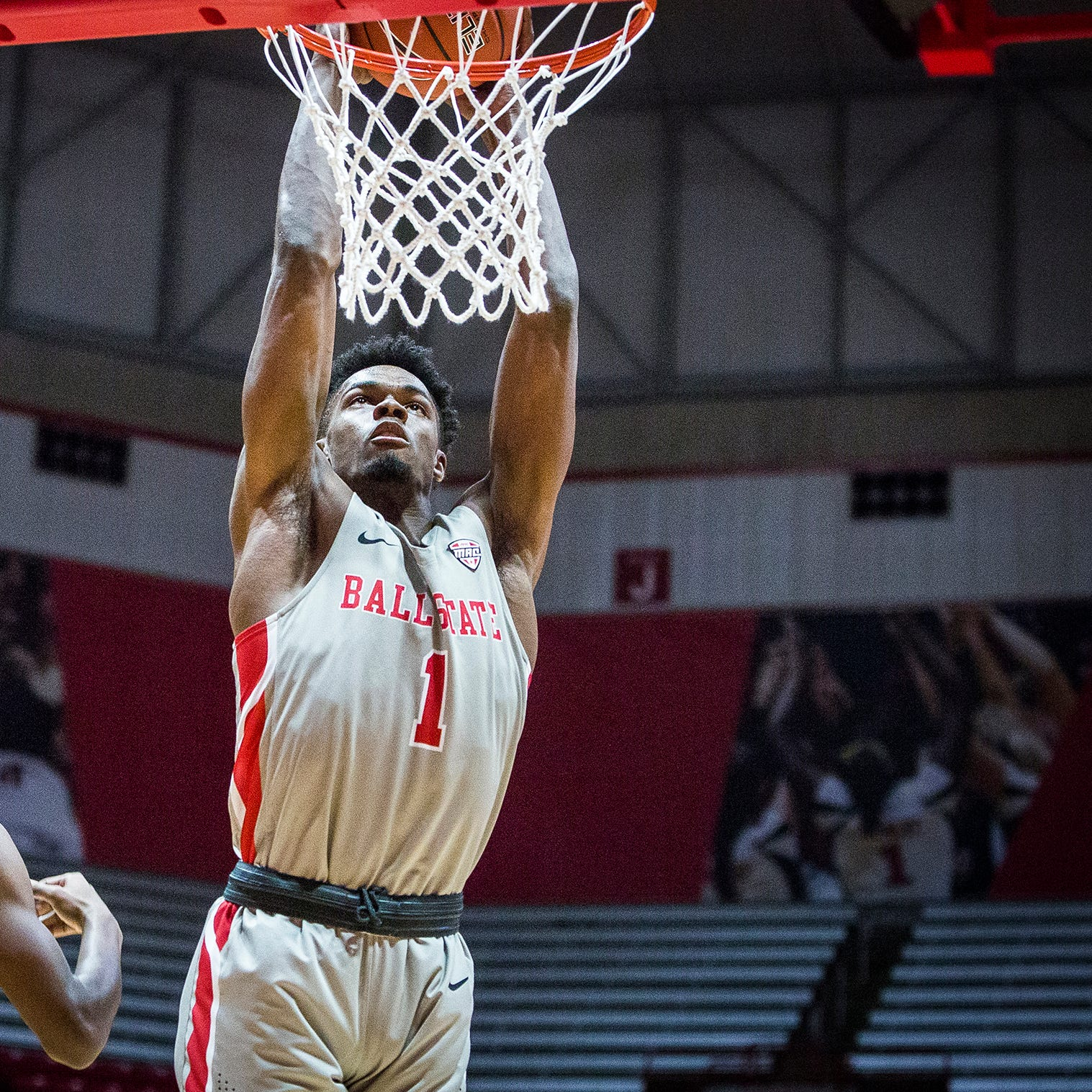 Ball State basketball finds closing touch in win at Valparaiso