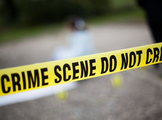Bandits hold up Muncie jewelry store, smash case with hammer