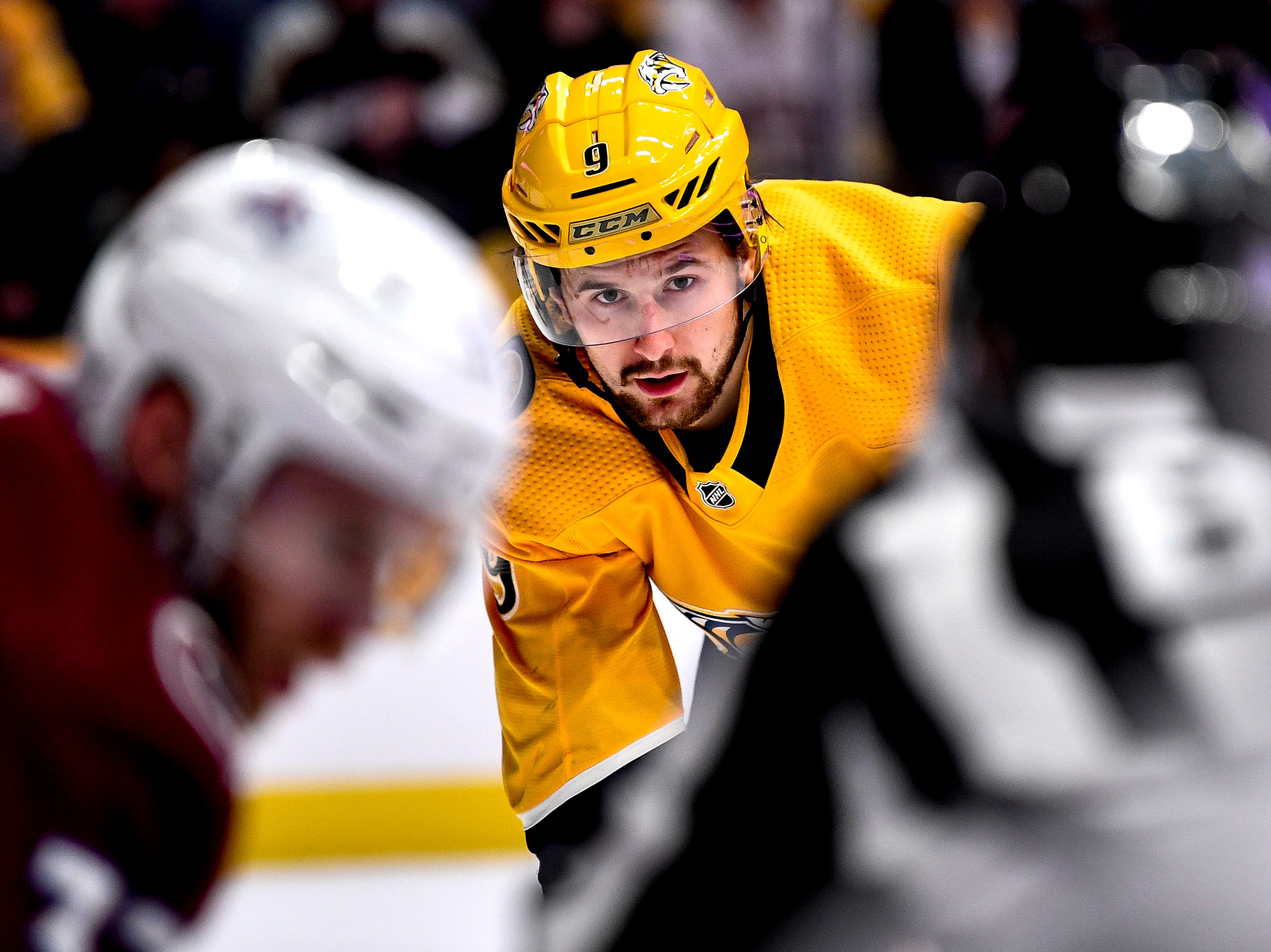 Nashville Predators left wing Filip Forsberg (9) gets into position against the Colorado Avalanche during the first period at Bridgestone Arena in Nashville, Tenn., Tuesday, Nov. 27, 2018.
