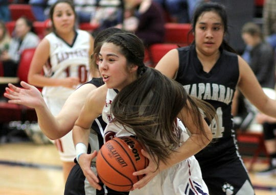 Senior Kari Dominguez had success on the baseline against the Chaparral Lobos. Dominguez tossed in 4 points to help the Lady 'Cats to a 63-21 victory.