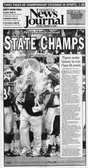 Pensacola High defeated Miami Belen Jesuit, 28-7, for the Class 3A state championship in 2009.