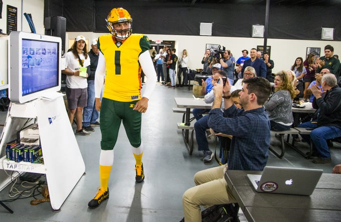 Here s what you need to know about Arizona Hotshots upcoming first season 40706838bc0db