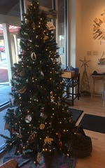 Dutchess Handmade is a pop-up shop supported by Arts Mid-Hudson that features a variety of artful ornaments.