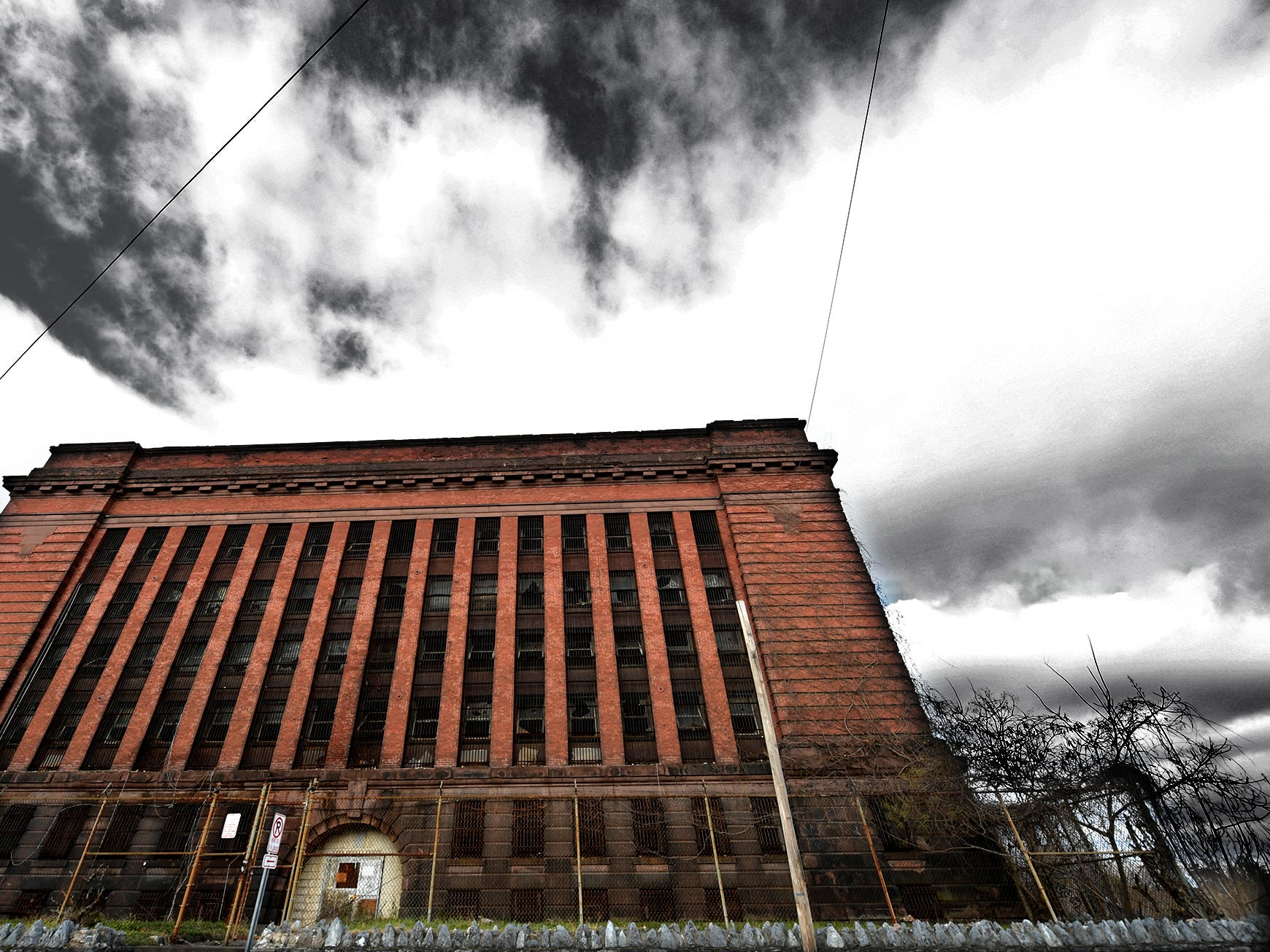 The former York County Prison on Chestnut Street in York City Wednesday, Nov. 28, 2018. United Fiber and Data has purchased the building and plans to incorporate the structure into a data center to accompany a 400-mile fiber-optic network it's building between New York and Virginia. Bill Kalina photo