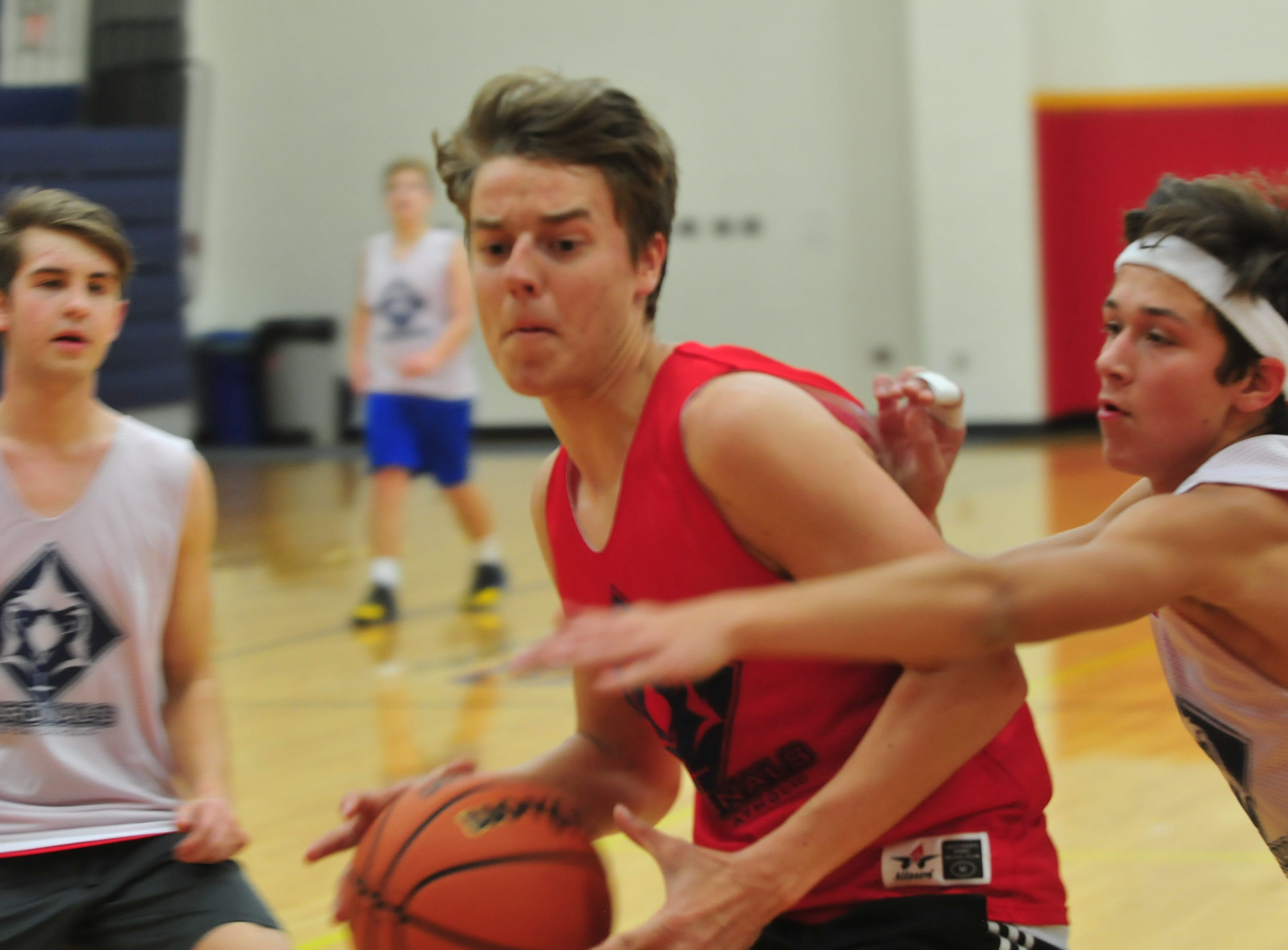 Seton Catholic senior Adam Deitsch moves the ball to the basket during practice Wednesday, Nov. 28, 2018.