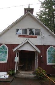 The facade of the Idanha Community Church.