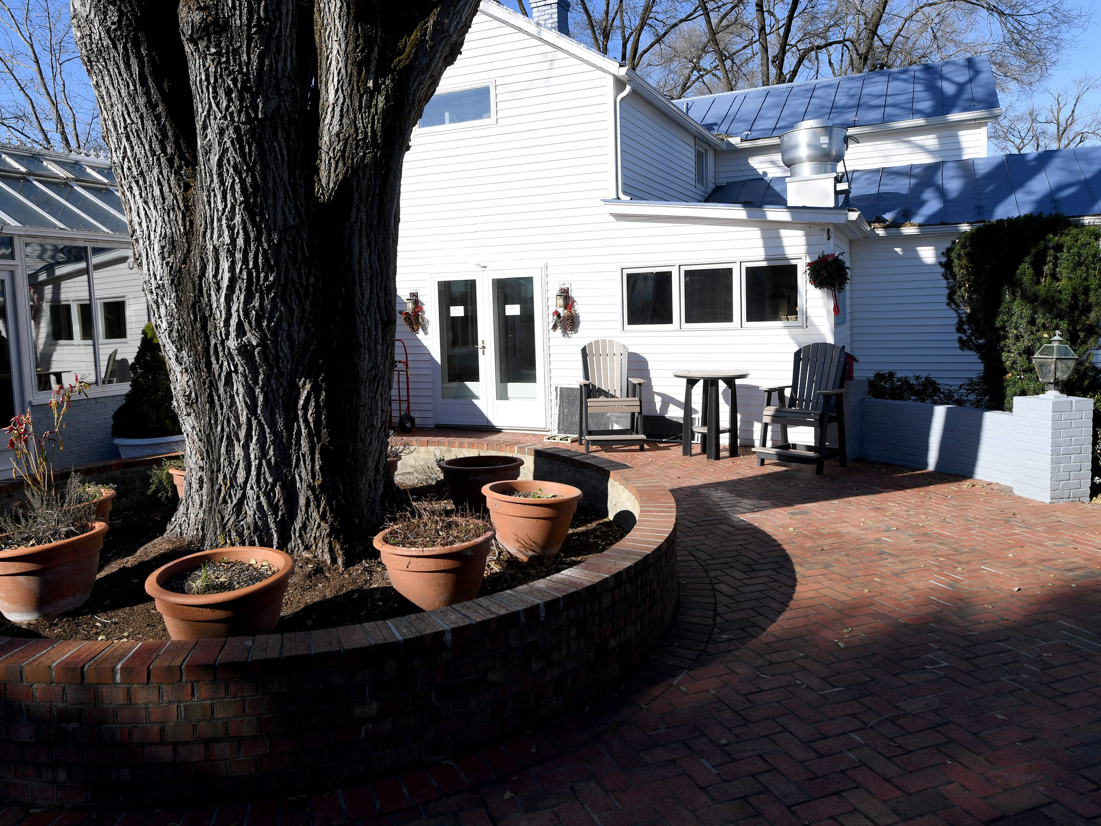 A courtyard outside the Inn at WestShire Farms in Staunton.