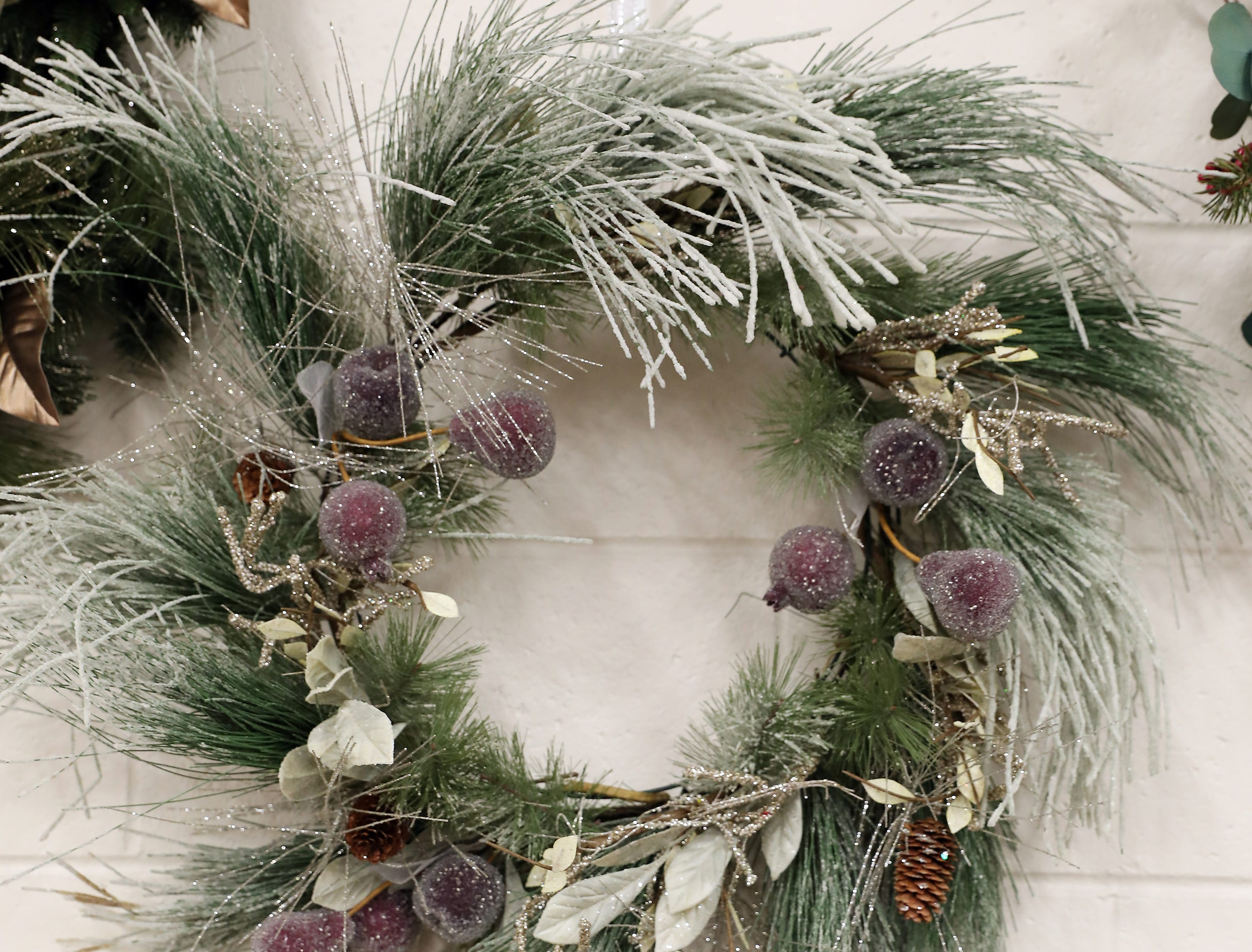 87	12:30 PM	Muskingum County Community Foundation	Wreath	Groundhog Day!	Frosted winter green wreath with frosted pine cones and gold accents.		2 tickets to the 2019 Groundhog event on February 1, 2019