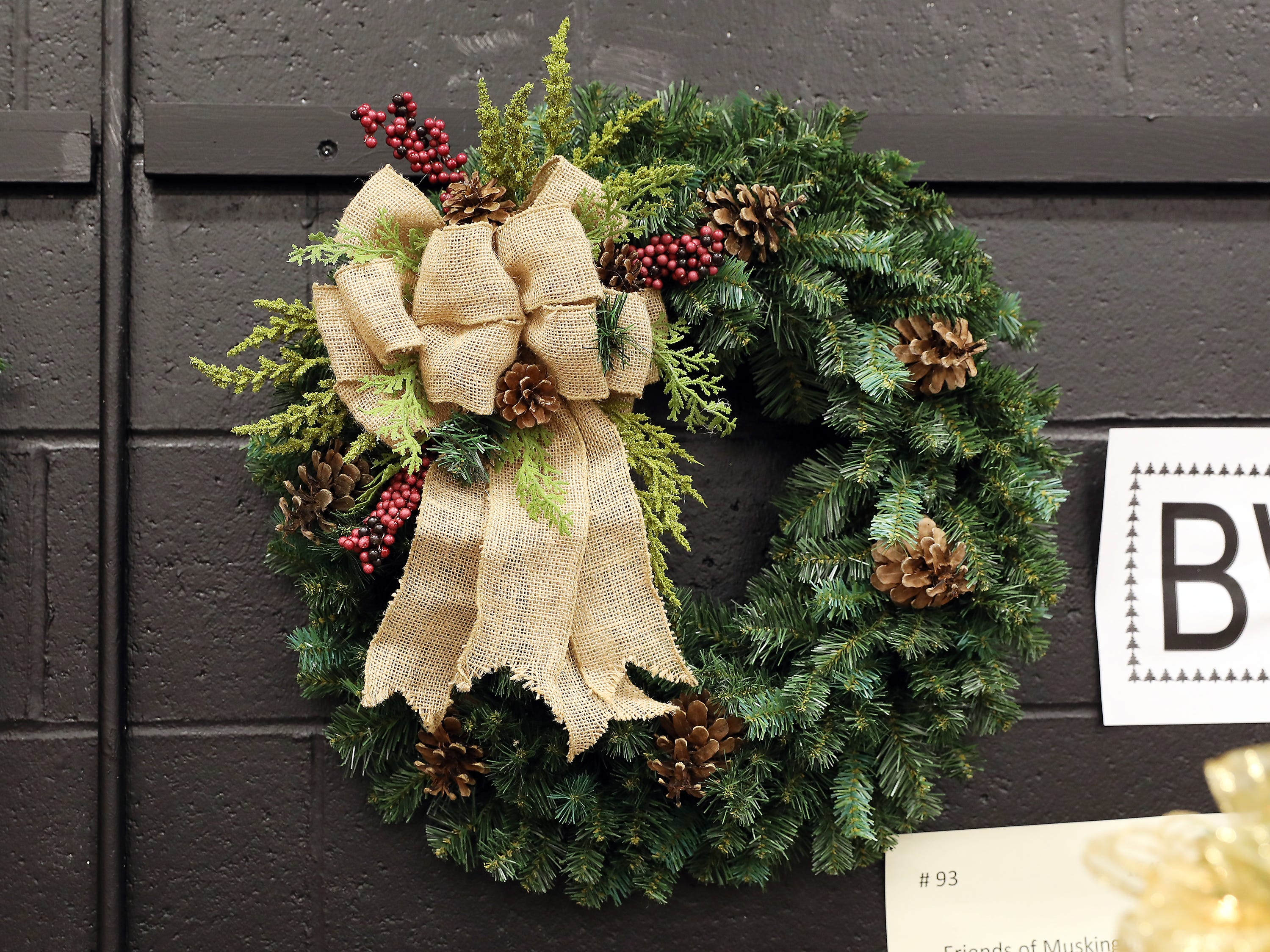 93	12:45 PM	Friends of Muskingum Valley Park District	Wreath	A Woodland Wreath	A green pine wreath - bring the outdoors in!  This wreath is decorated with pine cones, berries and a large burlap bow.		$25 membership to the Muskingum Valley Park District Friends Group which provides entry to a special members only event and additional perks at all the 2019 events.