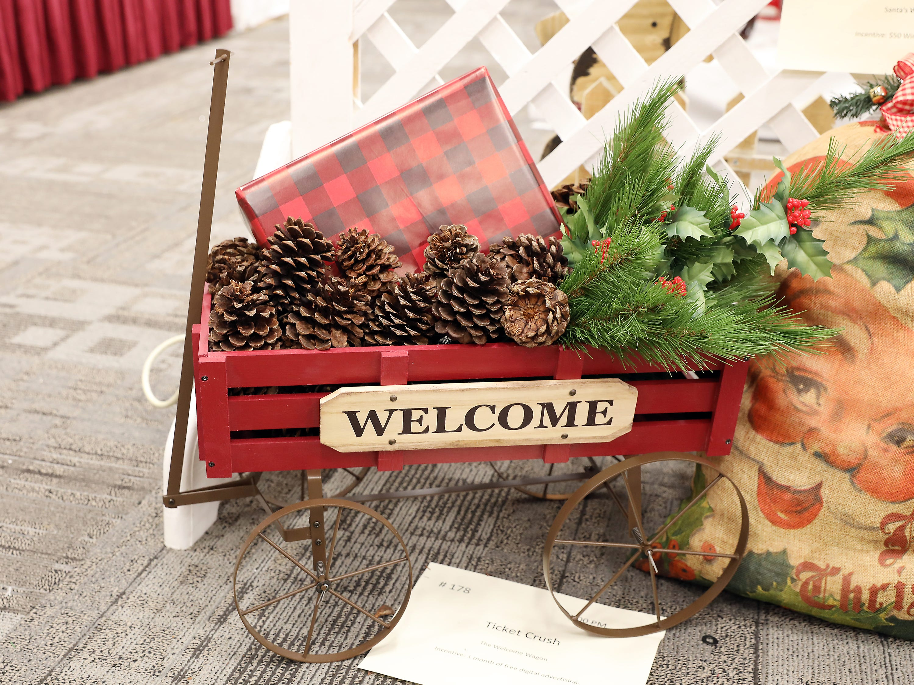 1784:00 PMTicket CrushOtherThe Welcome WagonA red holiday wagon filled with Christmas packages.  This wagon has a warm welcome sign to be used all year round.1 month of free digital advertising.