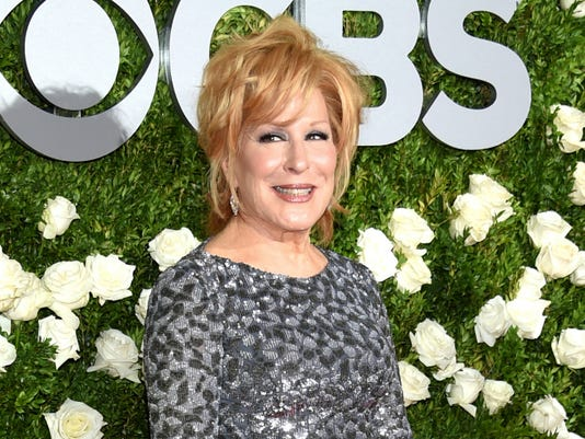 Ap People Bette Midler A Ent File Usa Ny