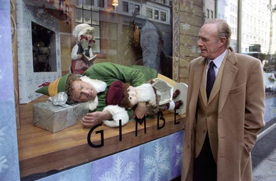 "In ""Elf,"" James Caan plays the cranky biological father of Will Ferrell's Buddy."