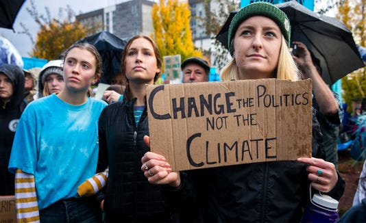 Ap Youths Sue Climate Change A Usa Or