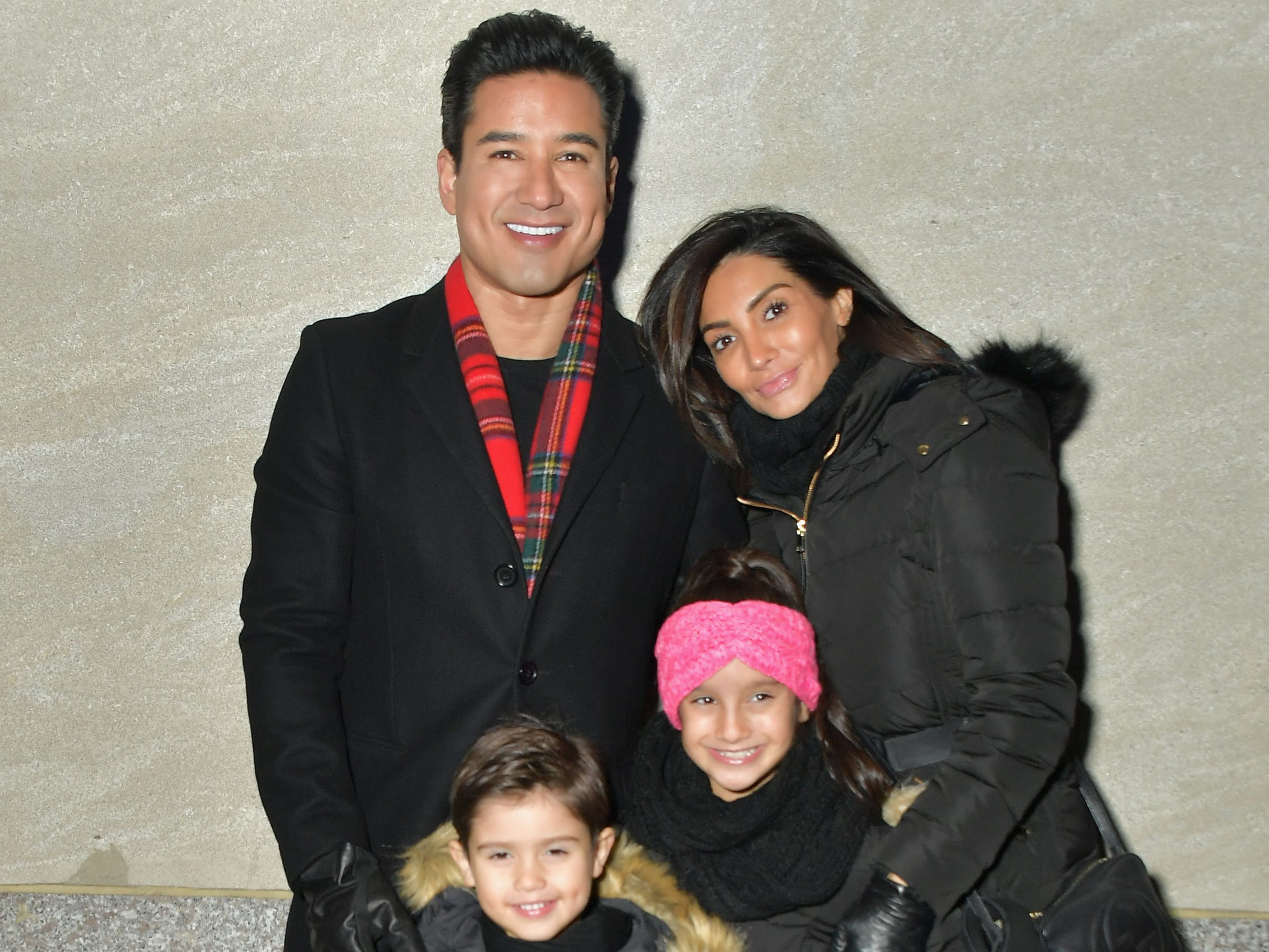 NEW YORK, NEW YORK - NOVEMBER 28: Mario Lopez and family attend the 86th Annual Rockefeller Center Christmas Tree Lighting Ceremony at Rockefeller Center on November 28, 2018 in New York City. (Photo by Michael Loccisano/Getty Images)