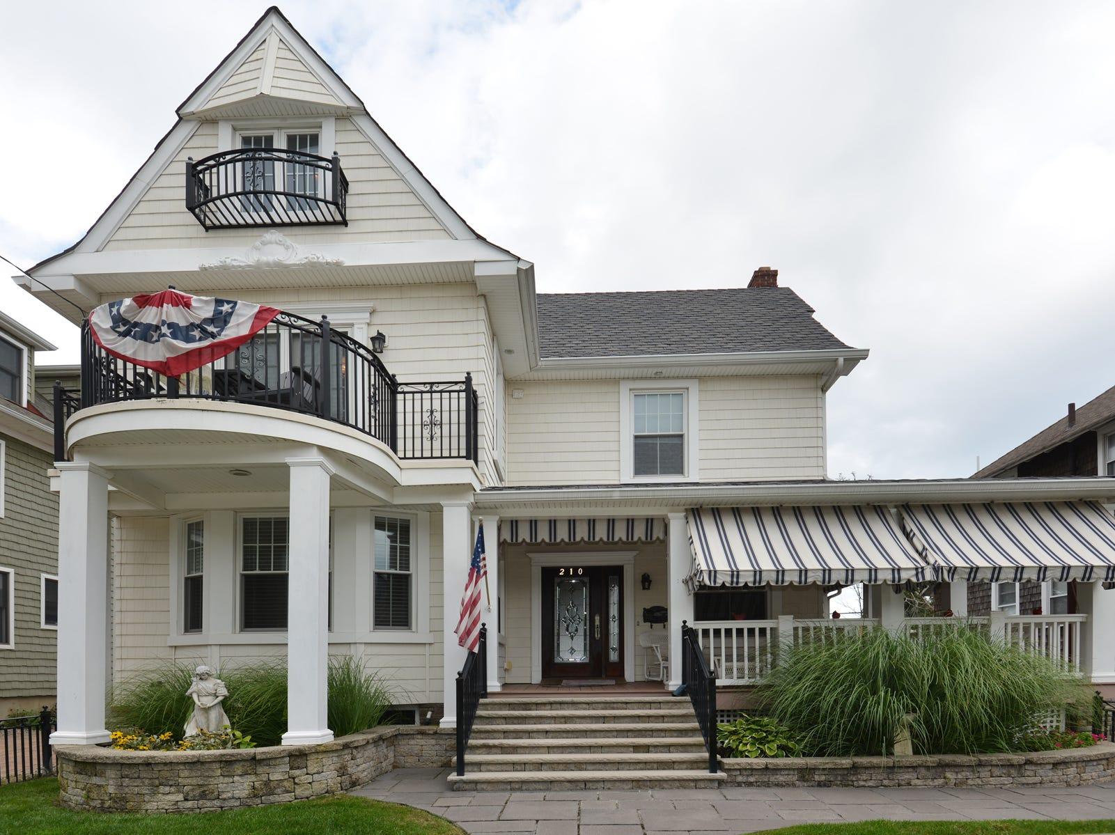 Belmar Historic beach house charms