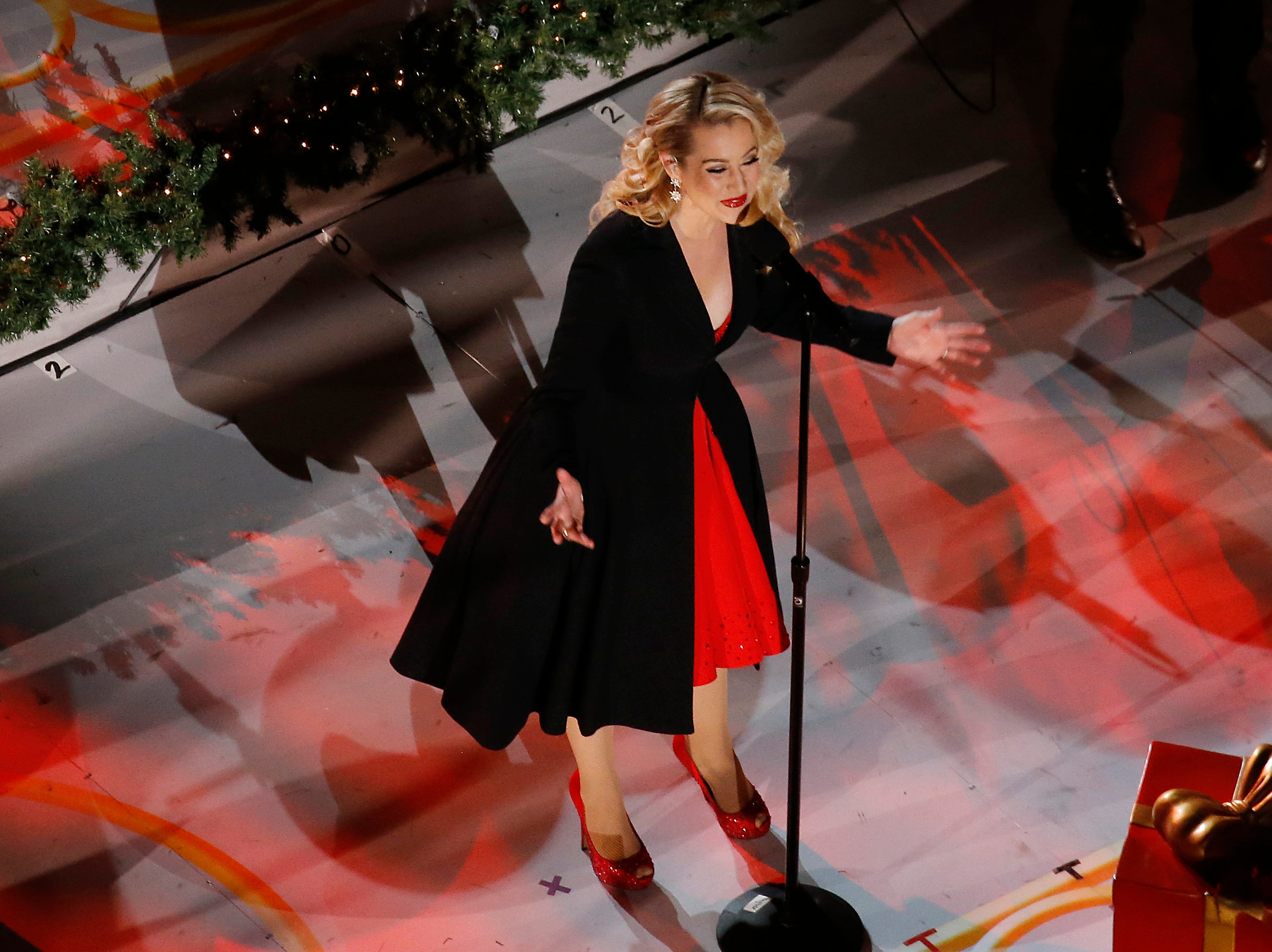 NEW YORK, NEW YORK - NOVEMBER 28: Kellie Pickler performs  before the  86th Annual Rockefeller Center Christmas Tree Lighting Ceremony at Rockefeller Center on November 28, 2018 in New York City. (Photo by John Lamparski/Getty Images)