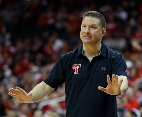 Texas Tech head coach Chris Beard motions to his players during the first half against Nebraska on Tuesday, Nov. 20, 2018, in Kansas City, Mo.
