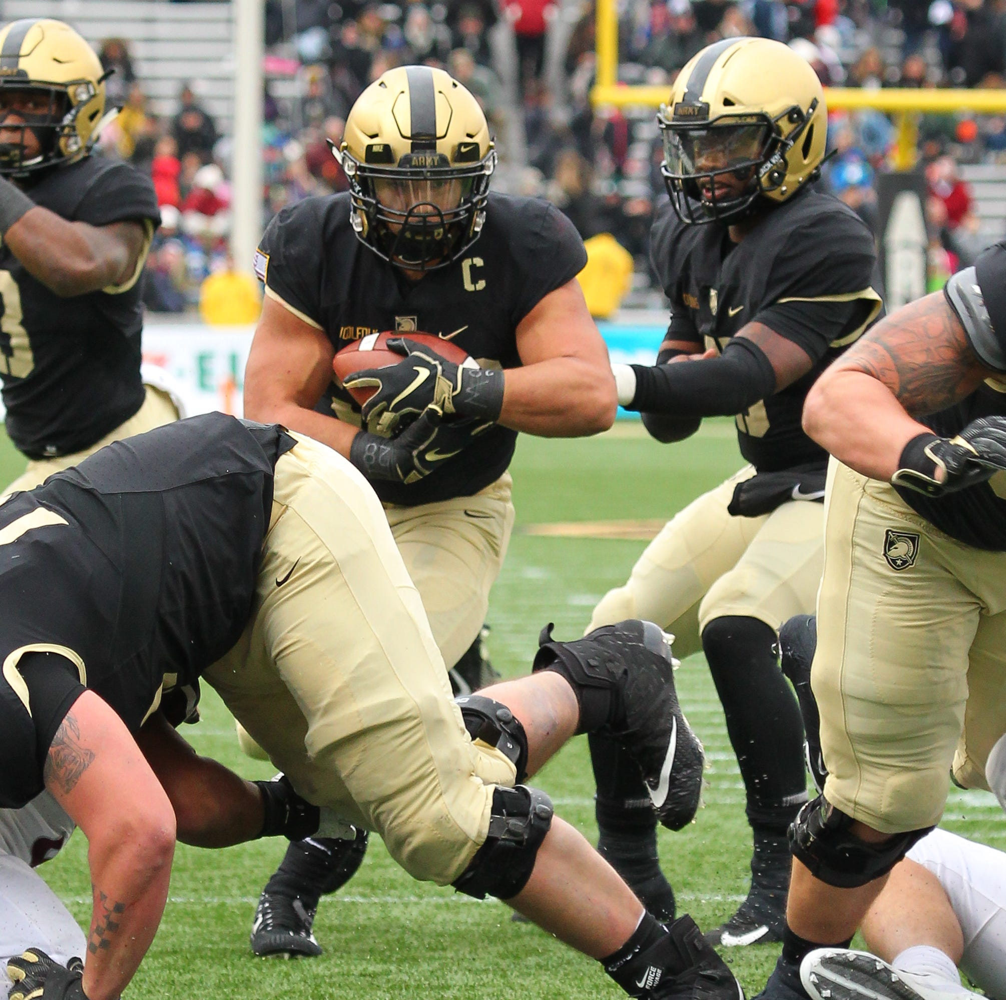 Darnell Woolfolk's astonishing West Point career winding down with Army-Navy game
