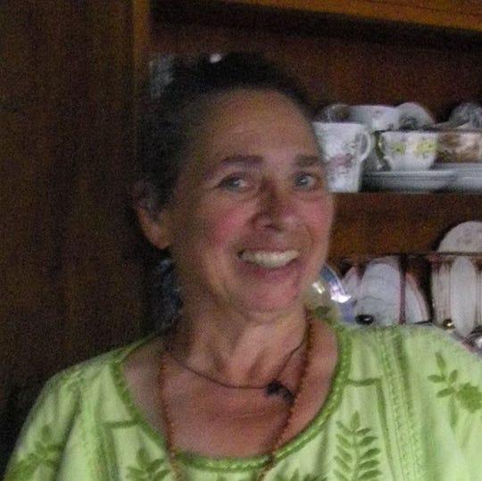 Alison Loris
