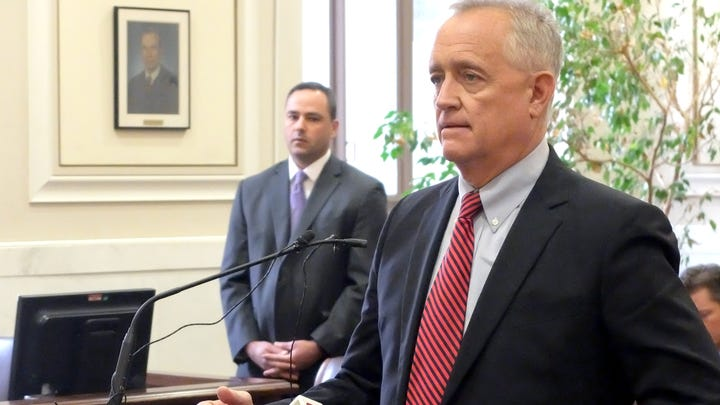 Deters on 'Gang of Five' scandal: Texts are 'sophomoric' and 'embarrassing'