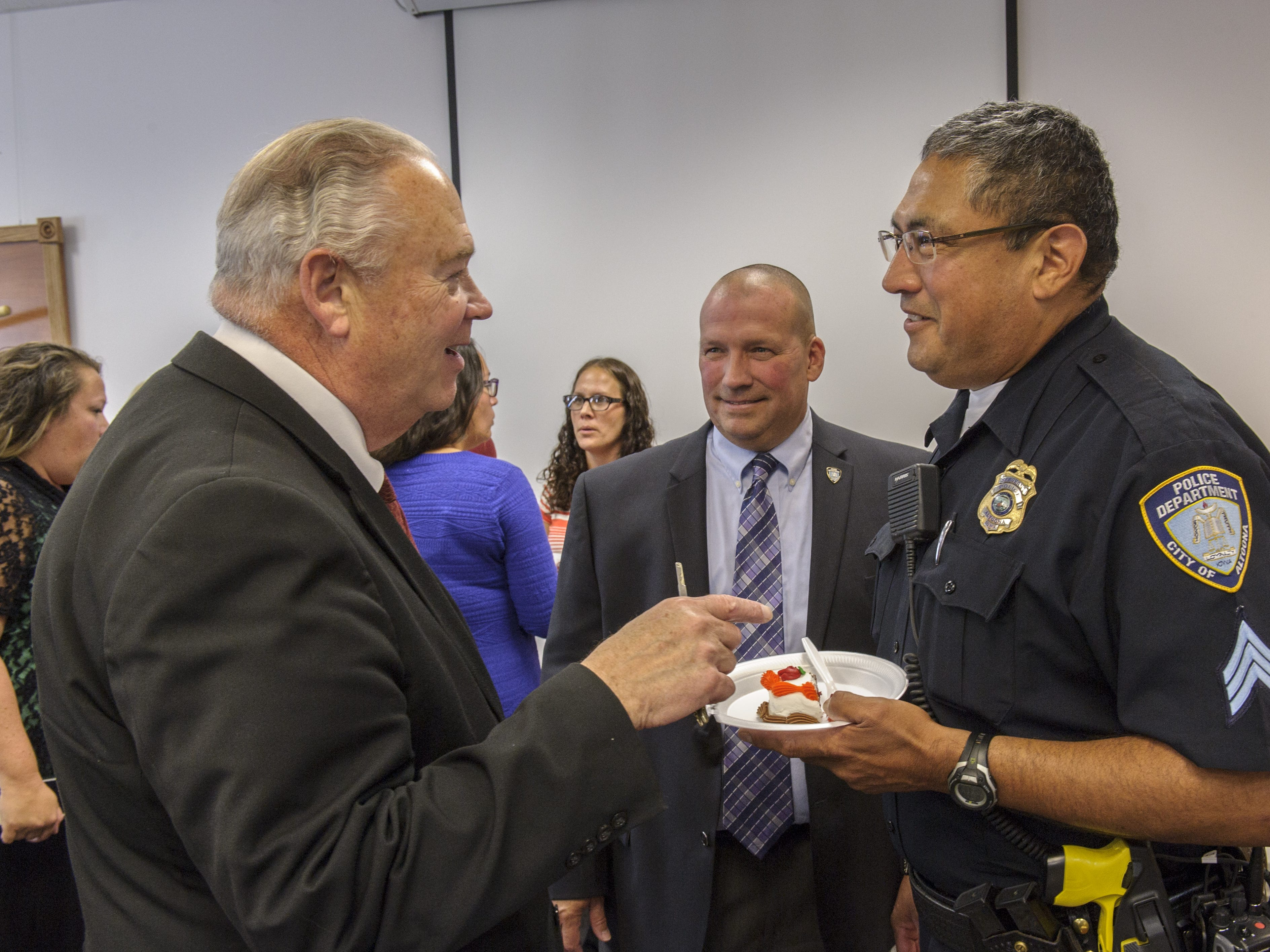 After 36 years Royal Nahno-Kerchee retired in 2015. Friends, family members and coworkers gathered to honor his service to the City of Altoona. Polk County Sheriff Bill McCarthy joined in on the celebration.