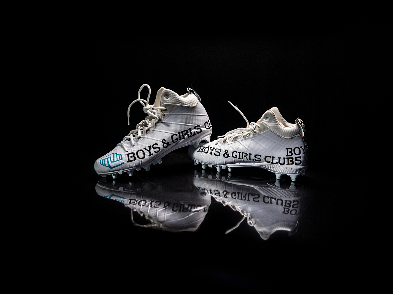 Cleats to be worn by Jarrad Davis, for the Boys and Girls Clubs