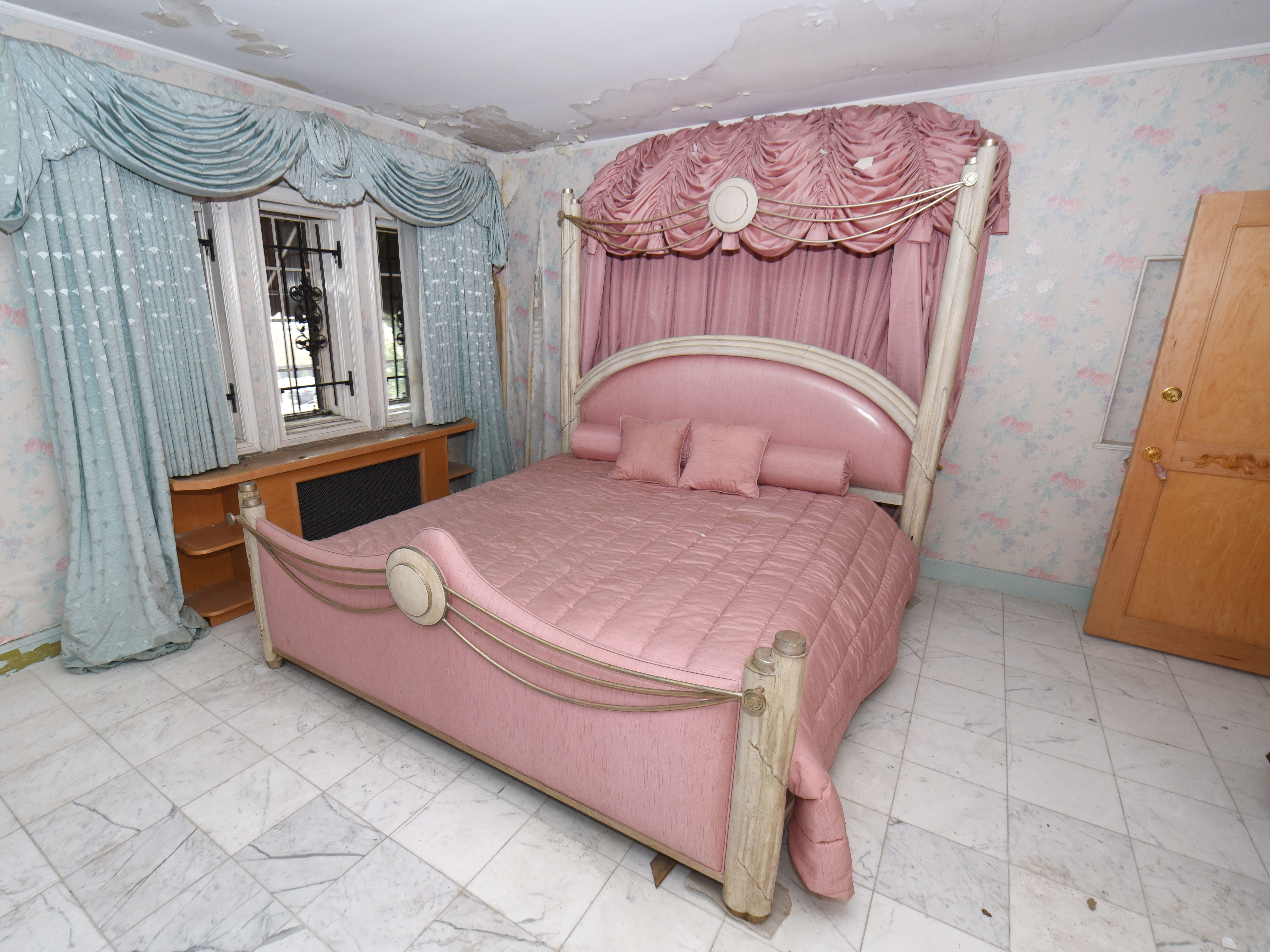 Aretha Franklin's bedroom inside the Rose Estate is one of five bedrooms in the home, which covers 6,200 square feet.
