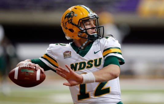 North Dakota State Hammers Bobcats In Fcs Second Round Playoff Game