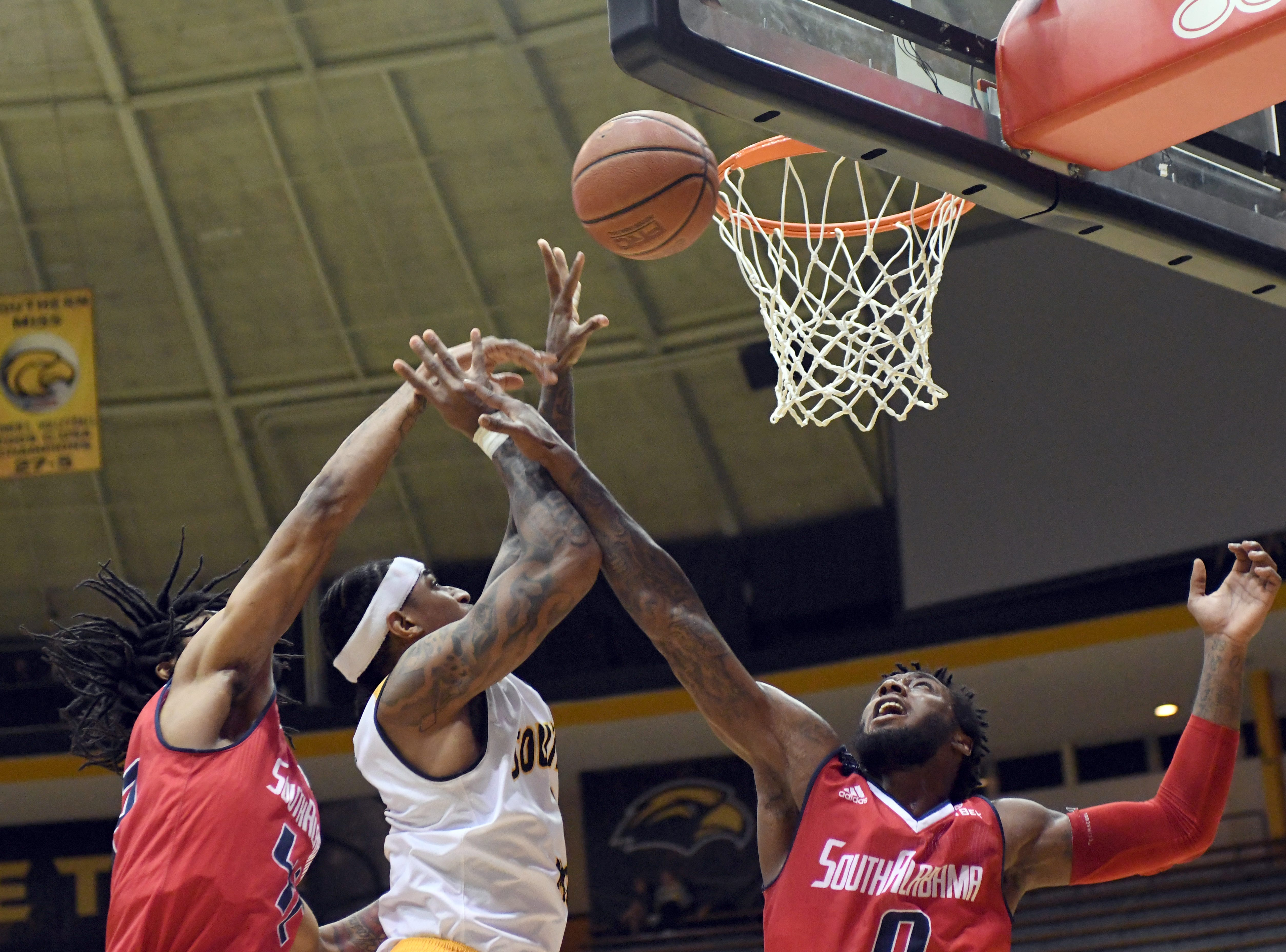 Southern Miss guard Dominic Magee shoots for the basket in a game against South Alabama in Reed Green Coliseum on Wednesday, November 28, 2018.