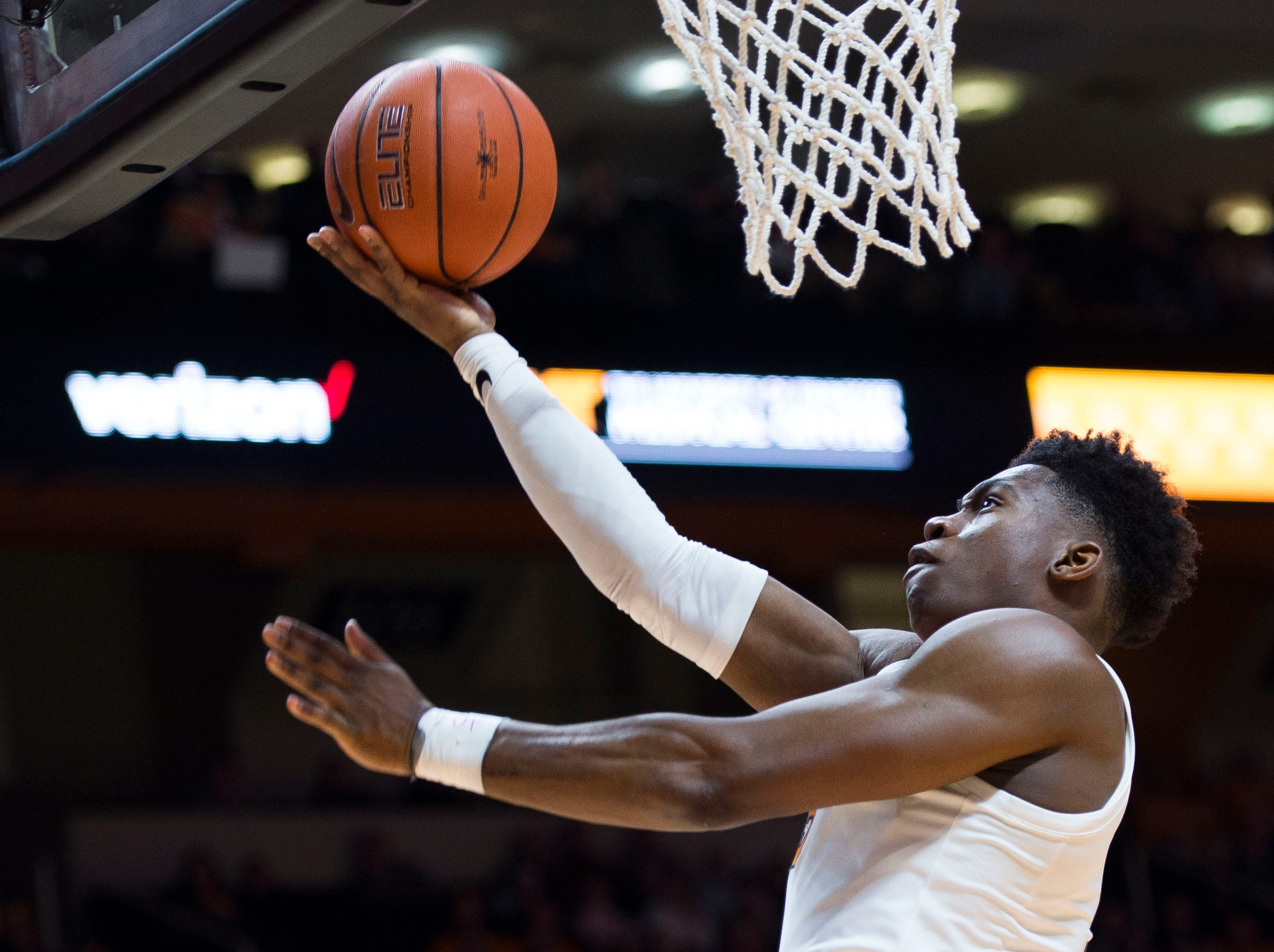Tennessee's Admiral Schofield (5) takes a shot during the second half of a NCAA men's basketball game between Tennessee and Eastern Kentucky University at Thompson-Boling Arena Wednesday, Nov. 28, 2018. Tennessee defeated EKU 95-67.