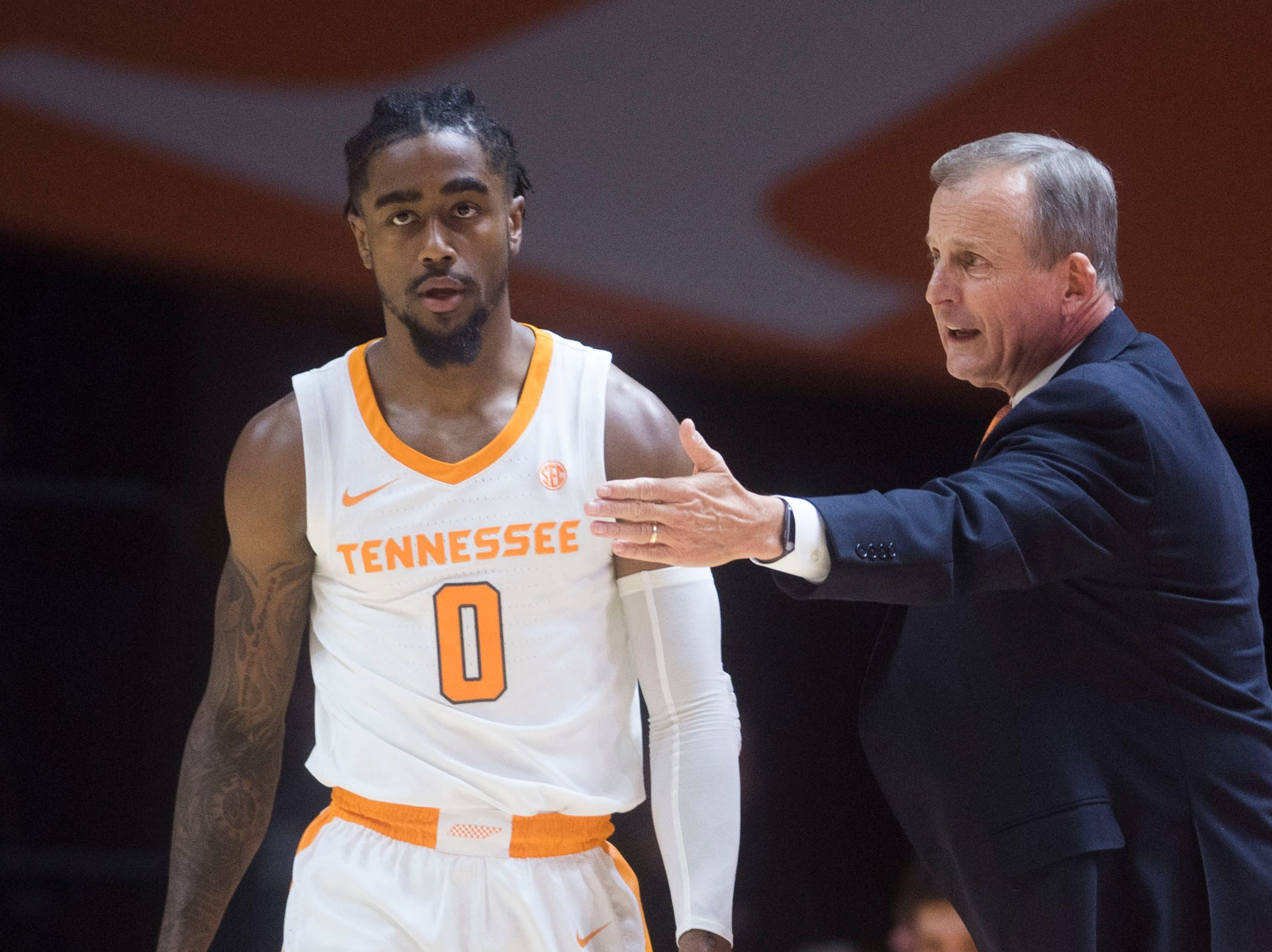 Tennessee head coach Rick Barnes speaks to Tennessee's Jordan Bone (0) from the sidelines during the first half of a NCAA men's basketball game between Tennessee and Eastern Kentucky University at Thompson-Boling Arena Wednesday, Nov. 28, 2018.